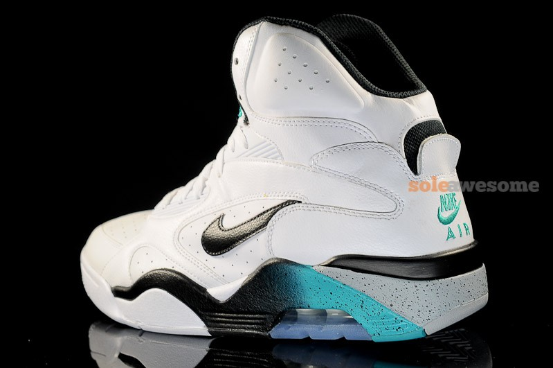best website c8334 47f77 Nike Air Force 180 High  Emerald  - New Images