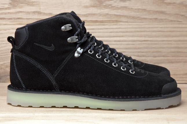Nike Air Magma 2012 Suede