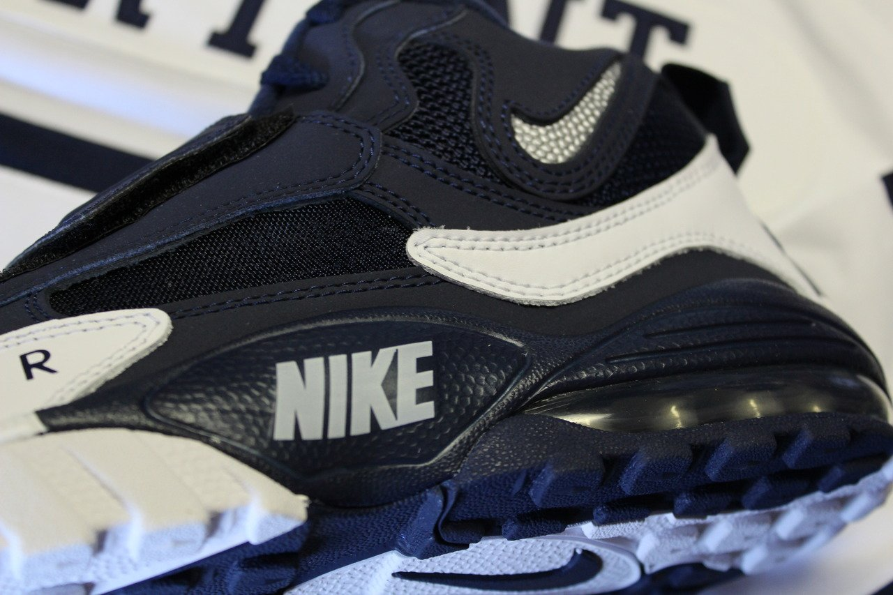 Nike Air Max Speed Turf  Dallas Cowboys   e4256cce3