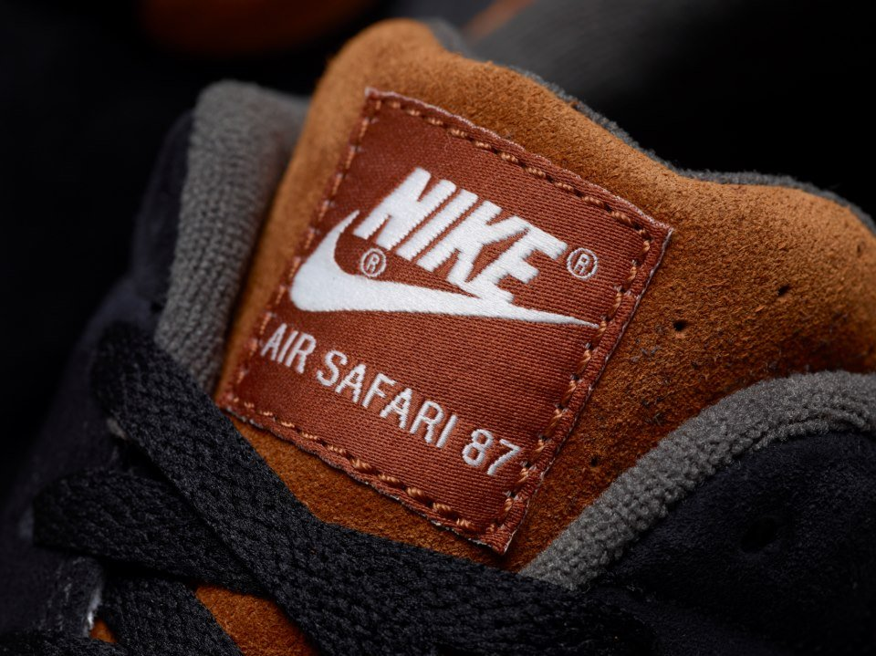 Nike Air Safari iD Samples