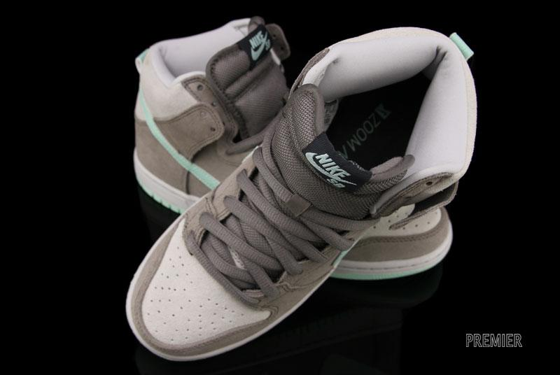 Nike SB Dunk High 'Soft Grey/Medium Mint'