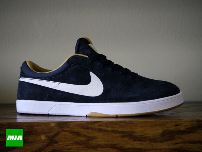 Nike SB Eric Koston 'Dark Obsidian/White-Metallic Gold'