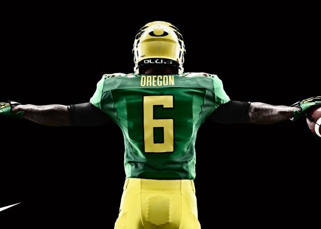 Oregon Ducks Season Opener Uniform Honors Retro-Futuristic Approach to Game