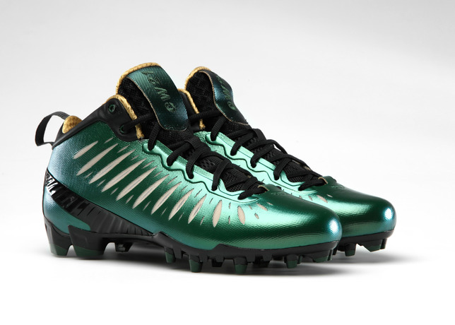 Team Jordan Football Athletes Kick Off the Season in Jordan Super.Fly Cleats
