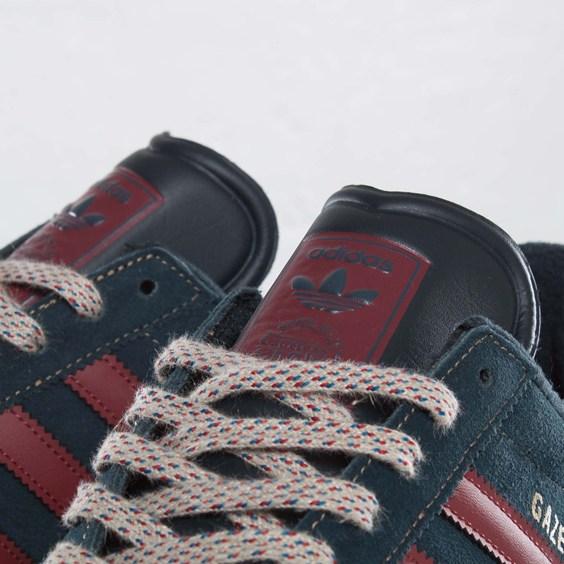 adidas-originals-gazelle-ii-navy-burgundy-3