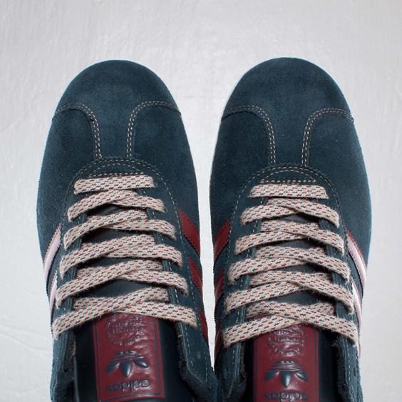 adidas-originals-gazelle-ii-navy-burgundy-5
