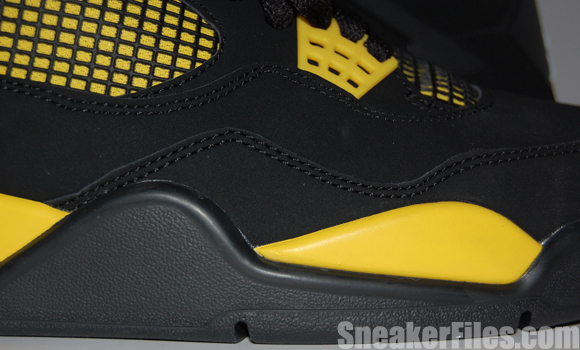 Air Jordan 4 (IV) Thunder 2012 Retro Epic Look