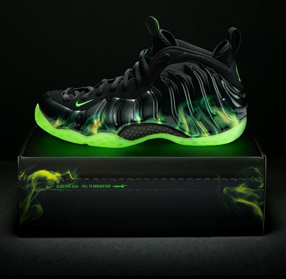 nike-air-foamposite-one-paranorman-born-this-way-foundation-auction-on-ebay-4