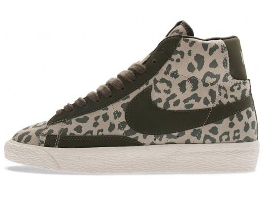 nike-wmns-blazer-mid-print-leopard-pack-2