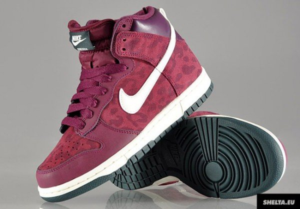 nike-wmns-dunk-high-bordeaux-sail-seaweed-4