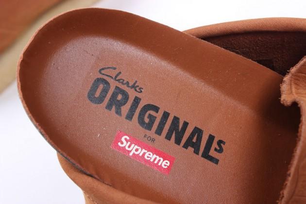 supreme-clarks-originals-wallabees-crocodile-1