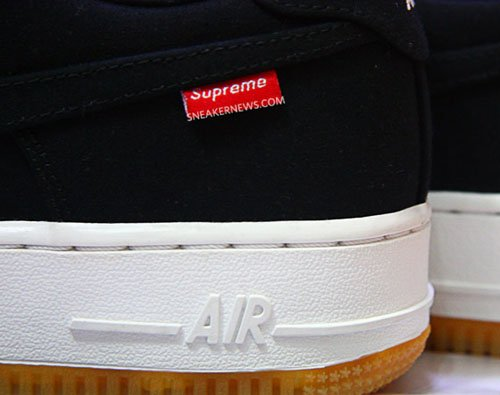 supreme-nike-air-force-1-low-teaser-1