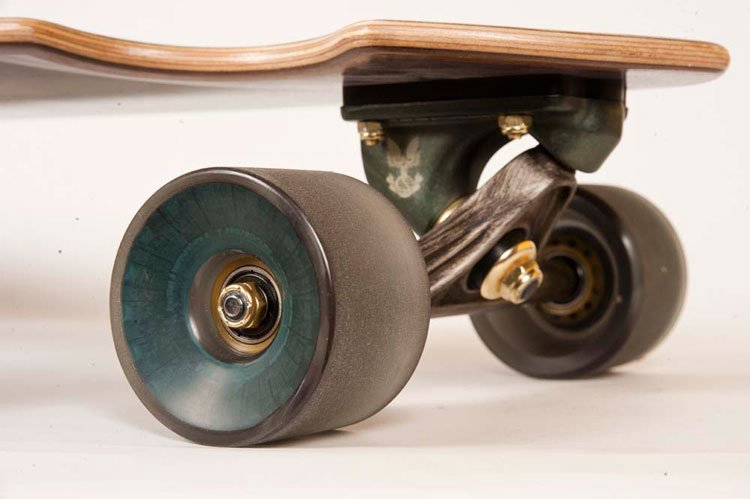 Globe Celebrates 10 Years of Halo with a Commemorative Cruiser Skateboard and Shoes