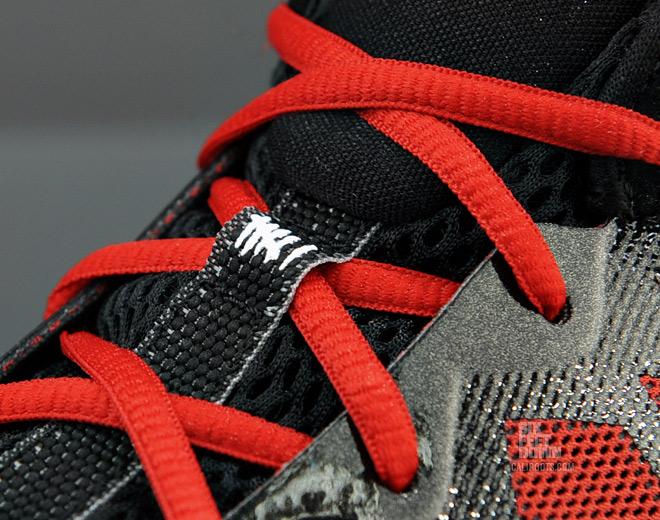 Jordan CP3.VI 'Black/White-Gym Red' at SFD