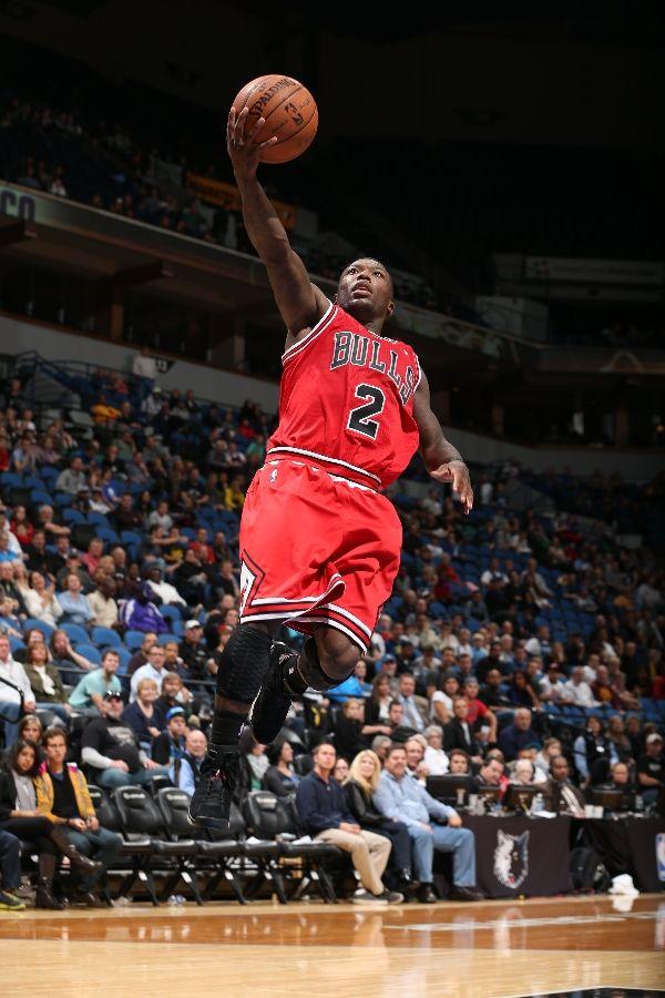 Nate Robinson Hits Minnesota in the Air Jordan VI