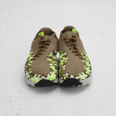 best service fac5f 36dbf Nike Air Footscape Woven Chukka  Raw Umber Volt-Tent-Light Bone