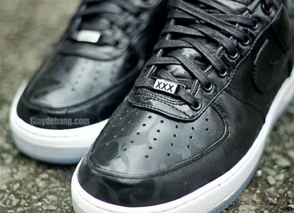 Nike Air Force 1 Low Supreme 'Black Camo'