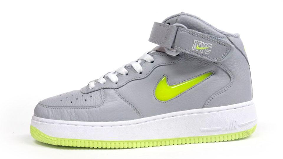 Nike Air Force Moyenne 1 070