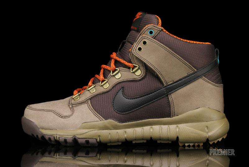 nike dunk boots