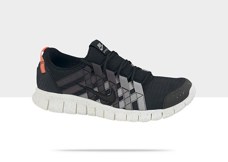 Nike Free Powerlines+ 'Black' at NikeStore
