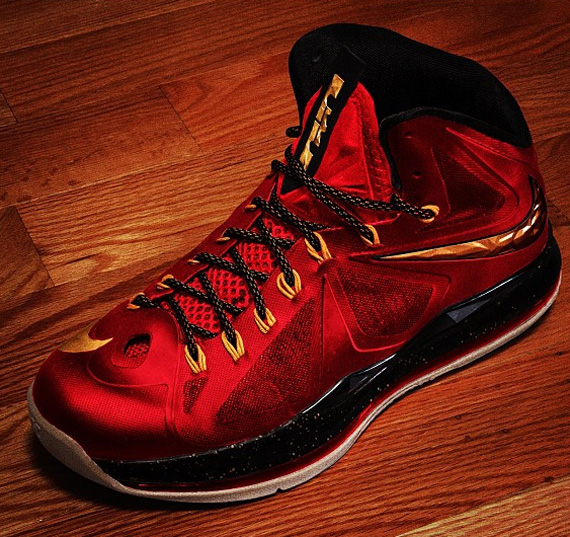 Nike LeBron X+ 'Red/Black-Metallic Gold'