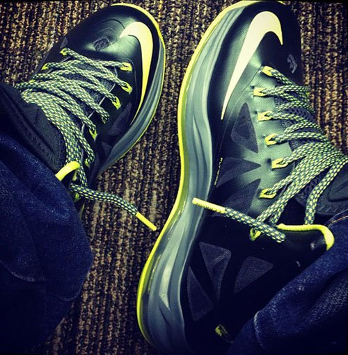 Nike LeBron X (10) 'Dunkman'