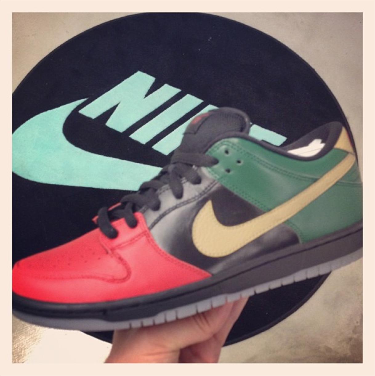 Nike SB Dunk Low 'Black History Month' - February 2013