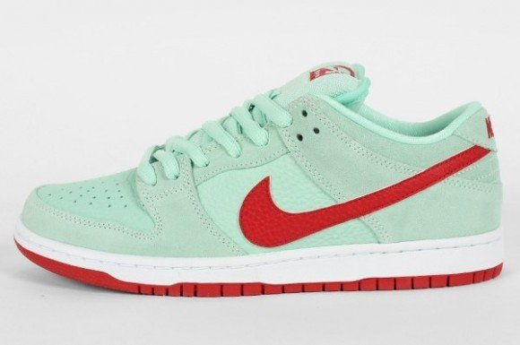 Nike SB Dunk Low 'Medium Mint/Gym Red'