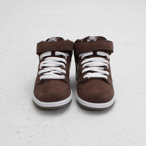 Nike SB Dunk Mid 'Baroque Brown' at Concepts