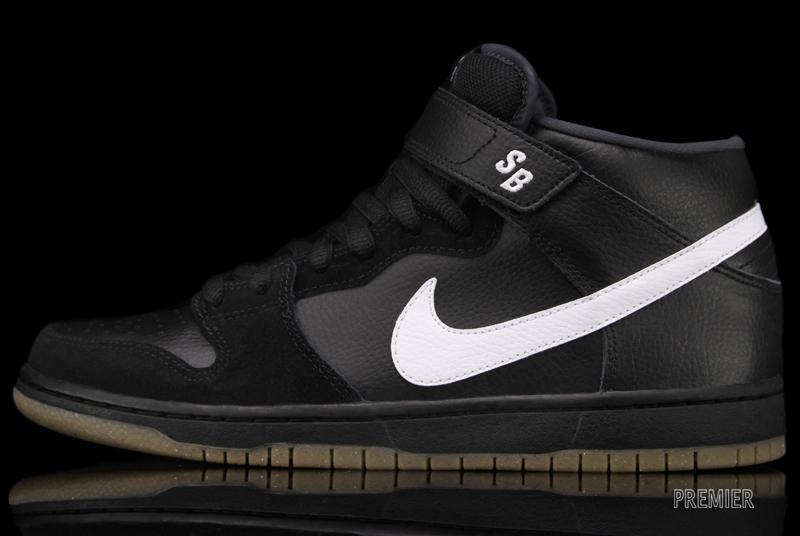 Nike SB Dunk Mid 'Black' | SneakerFiles