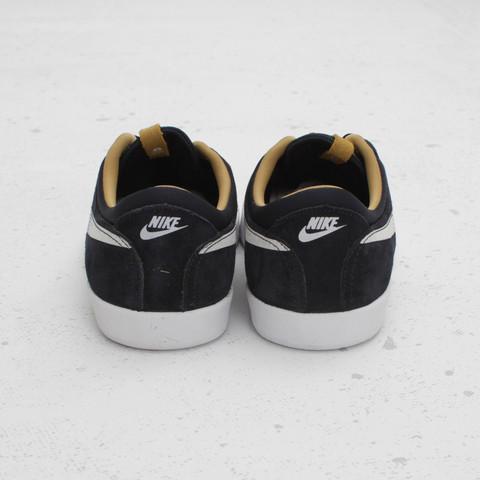 Nike SB Eric Koston 'Dark Obsidian/White-Metallic Gold' at Concepts