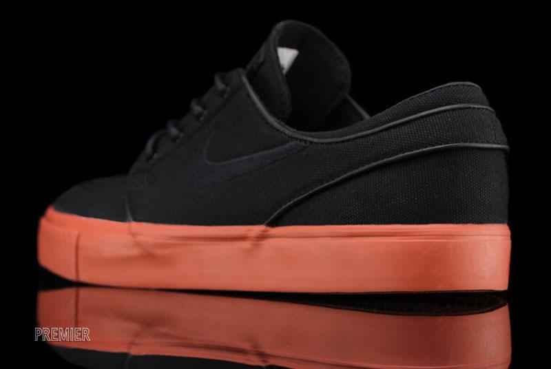 Nike SB Stefan Janoski 'Black/Black-Terra Cotta' at Premier