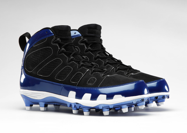 Team Jordan Members Turn Back the Clock with Retro Cleats