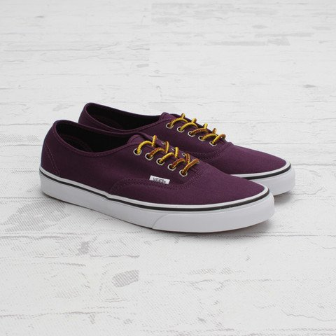Vans Authentic Hiker Canvas 'Italian Plum'