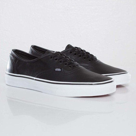 56e41344e9 Vans Authentic Italian Leather  Black