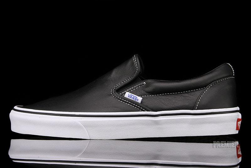 Vans Classic Slip-On Aged Leather 'Black'