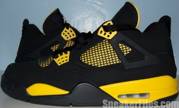 Air Jordan 4 (IV) Thunder 2012 Retro Video Review