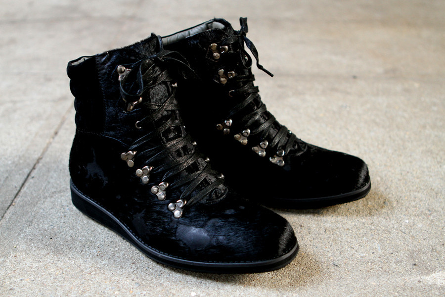 android-homme-aurora-boot-black-1