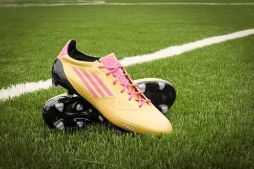 mls-stars-to-debut-mi-adidas-breast-cancer-awareness-cleats-3