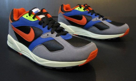 nike-air-base-ii-new-colorway-2