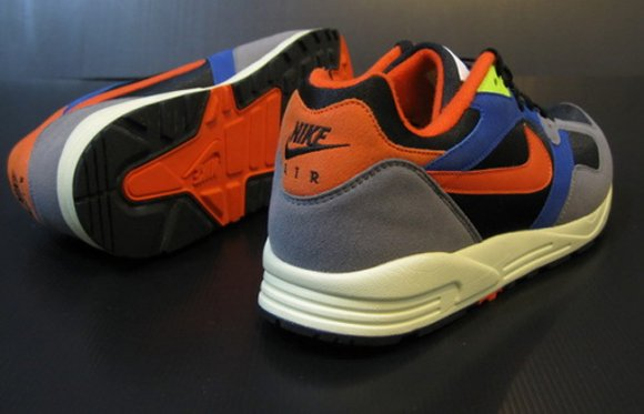 nike-air-base-ii-new-colorway-4