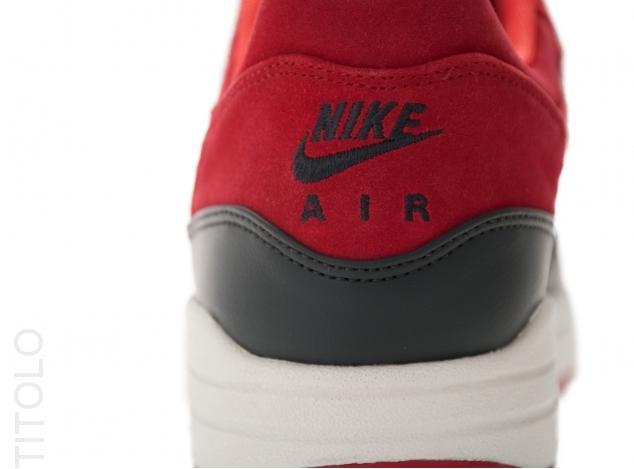 nike-air-max-1-premium-gym-red-anthracite-sail-rave-pink-4