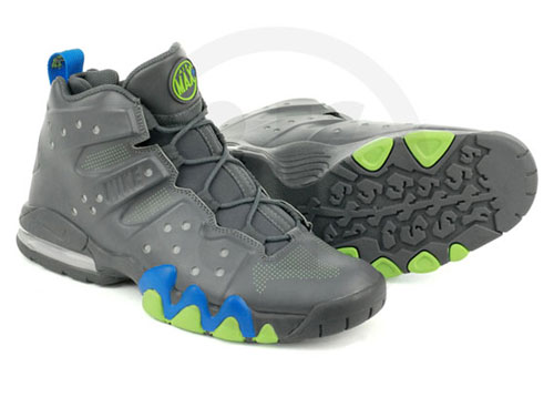 nike-air-max-barkley-dark-grey-photo-blue-action-green-3
