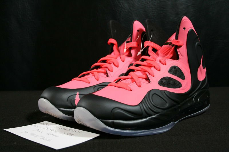 nike-air-max-hyperposite-black-hot-punch-2