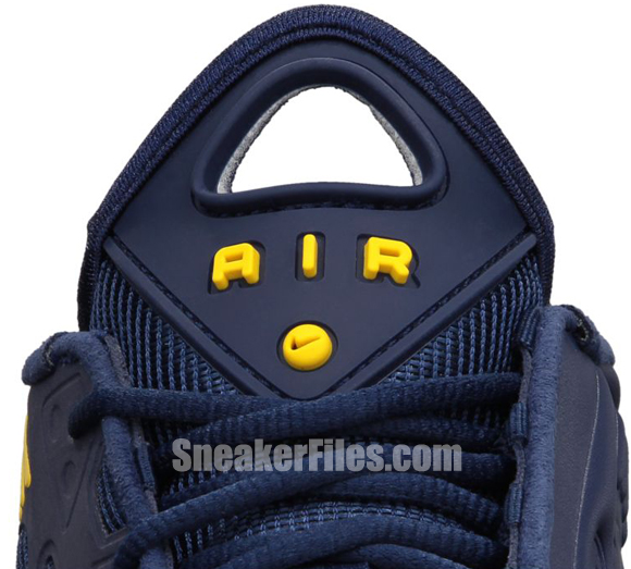 nike-air-max-pillar-midnight-navy-varsity-maize-1