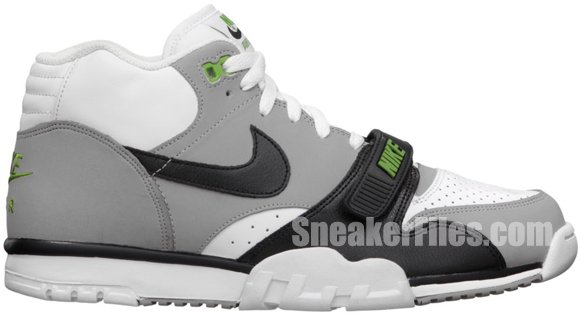nike-air-trainer-1-mid-premium-chlorophyll-official-images
