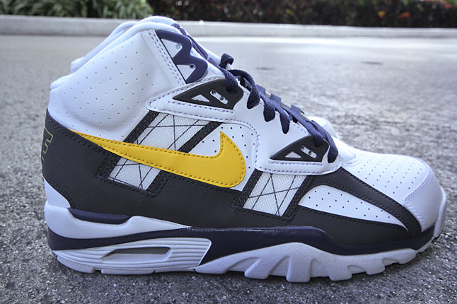 nike-air-trainer-sc-high-tour-yellow-midnight-navy-1