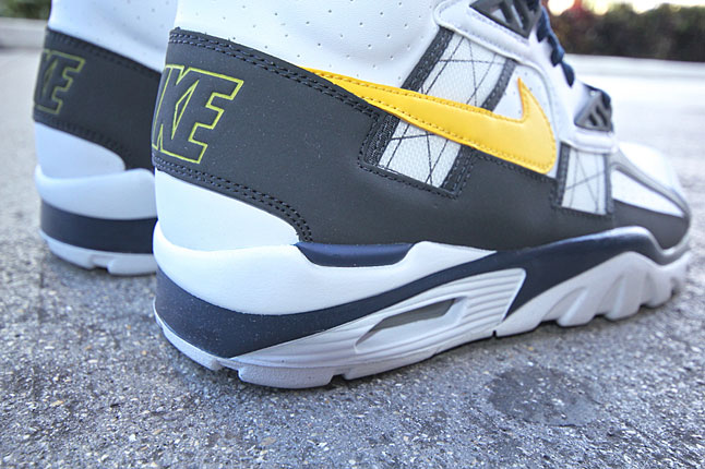 nike-air-trainer-sc-high-tour-yellow-midnight-navy-4