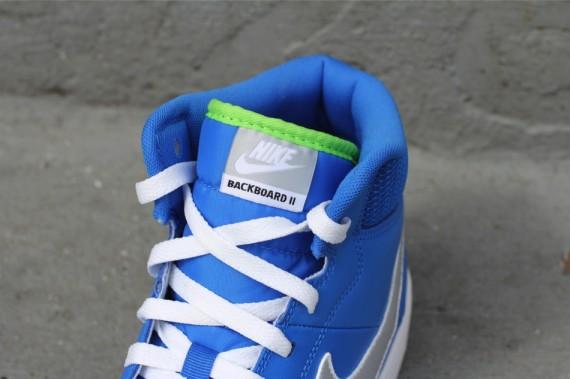 nike-backboard-ii-mid-signal-blue-grey-white-4