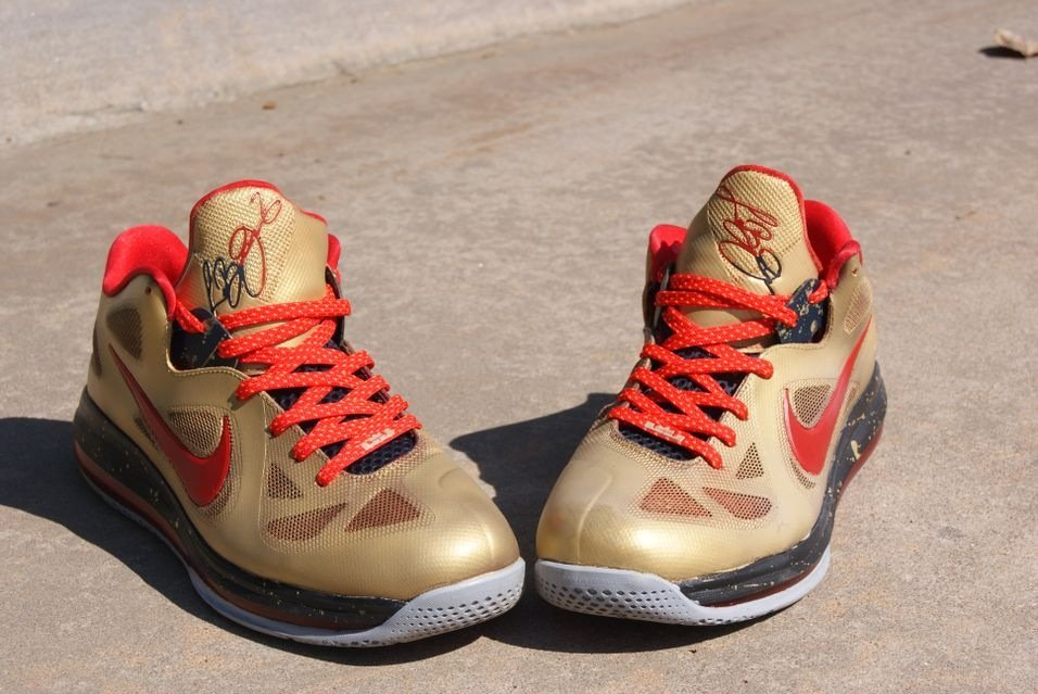 nike-lebron-9-low-gold-medal-custom-by-amac-1